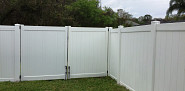 Vinyl fence with double gate