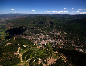 Aspen, CO (pictured here) has some of the healthiest drinking water in the US.  Photo: The Intrepid Traveler/Flikr.
