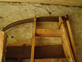 A scythe in a country cottage. (Photo: Czigány Nóra/sxc.hu)