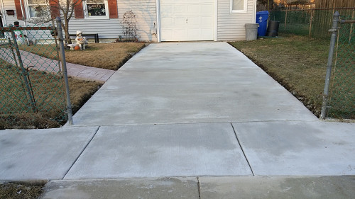 Concrete driveway sidewalk and walkway just the way we for Pouring your own concrete driveway