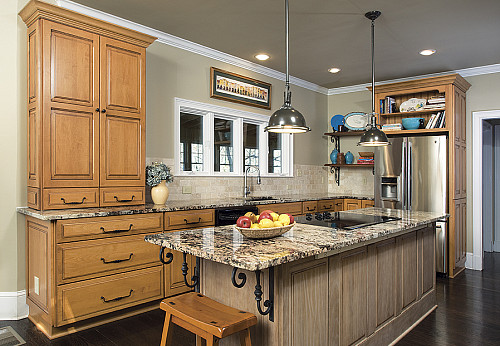 French country kitchen and photo by Authentic Living Interiors via Hometalk.com.