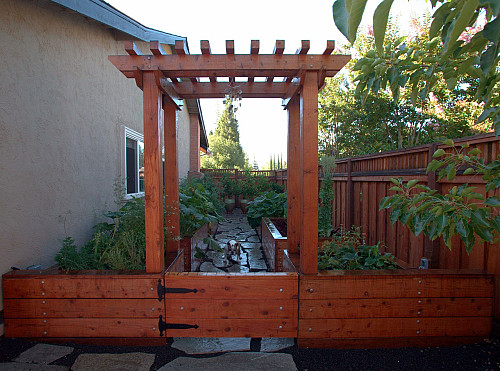 Fence/Courtesy Humboldt Redwood