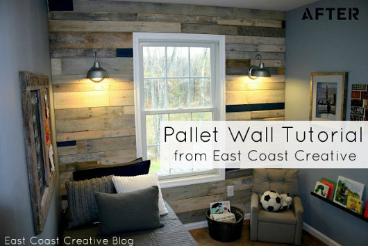 Pallet wall and photo by East Coast Creative via Hometalk.com.