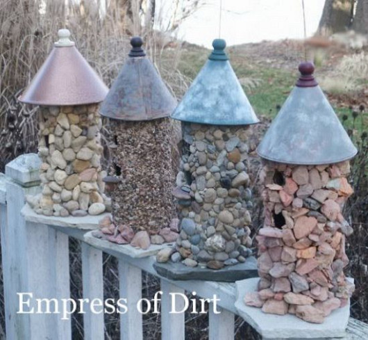 Stone birdhouses by Melissa @ Empress of Dirt via Hometalk.com.