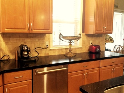 Another view of the kitchen backsplash