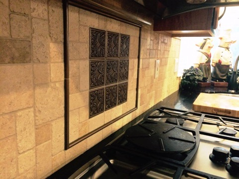 Backsplash behind the kitchen stovetop