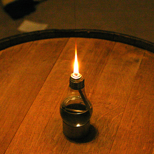 10 Clever Uses For Burned-Out Light Bulbs